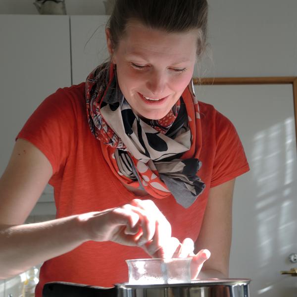 Kaisa Vermasheinä on lempeä opettaja.